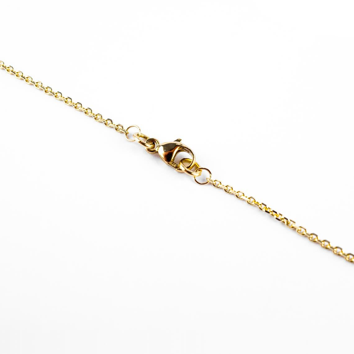 Gold trace chain