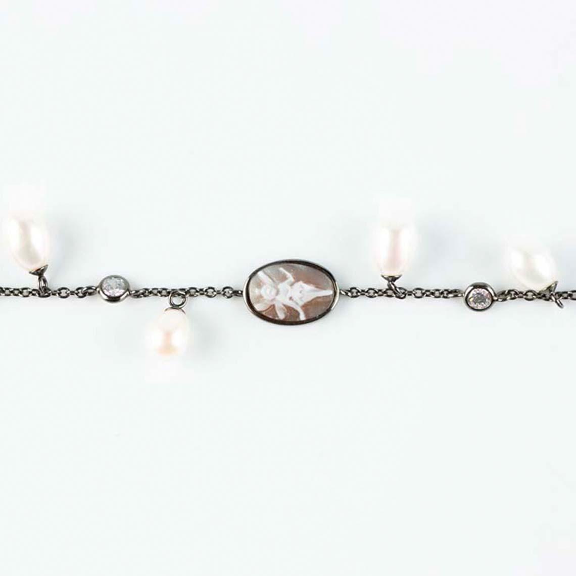 Italian cameo bracelet