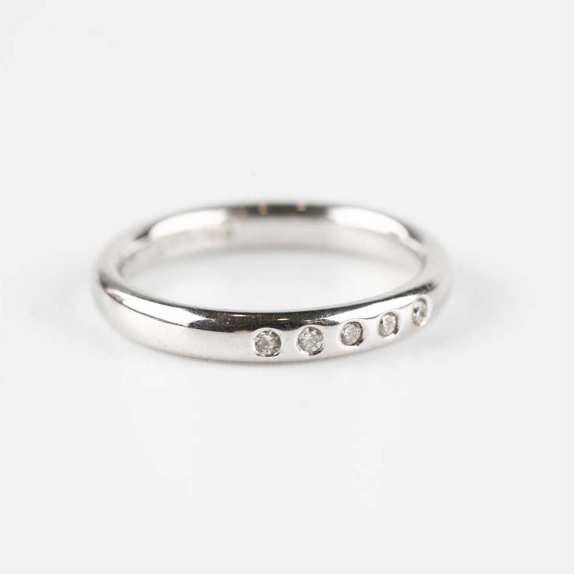 Wedding/eternity ring