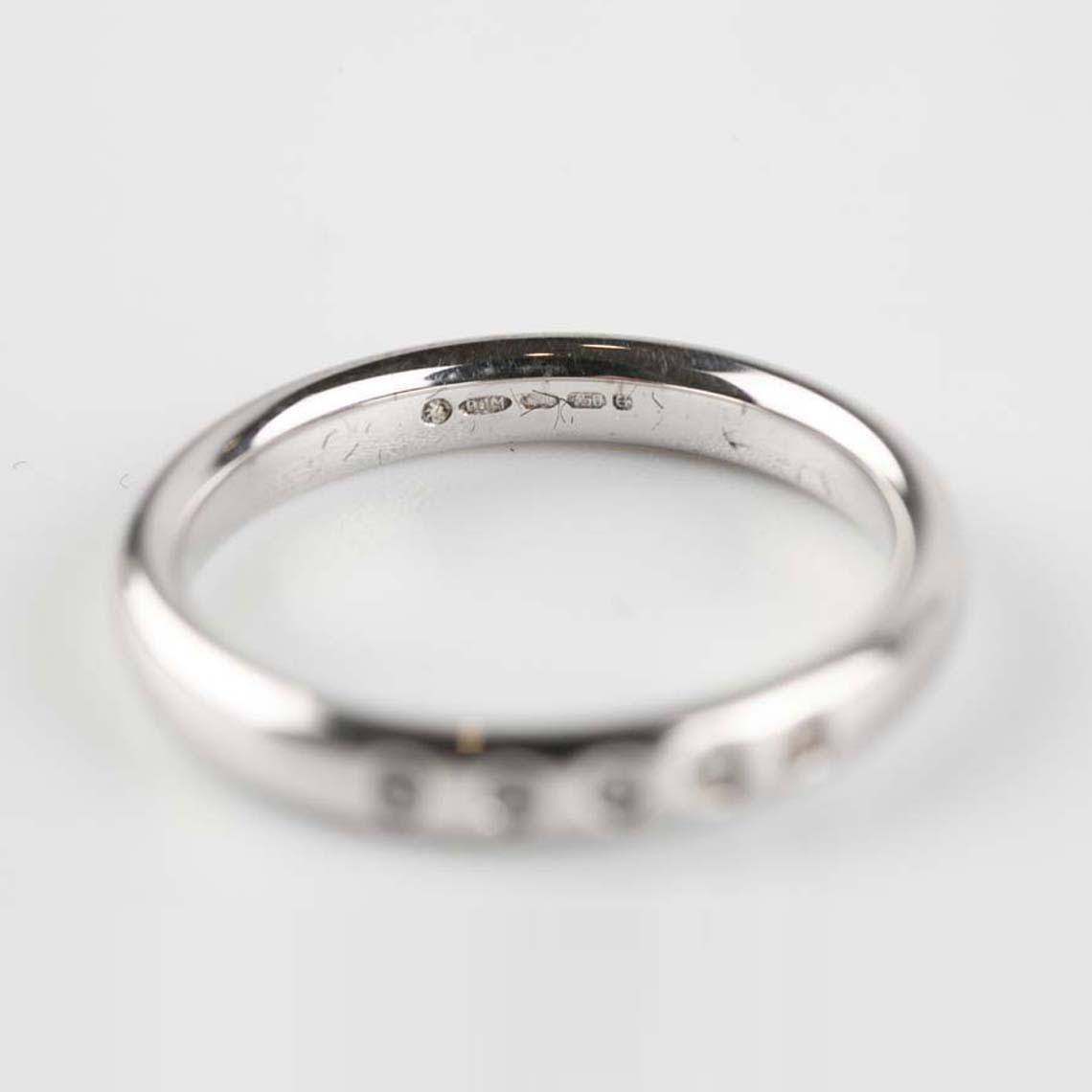 Wedding/eternity ring