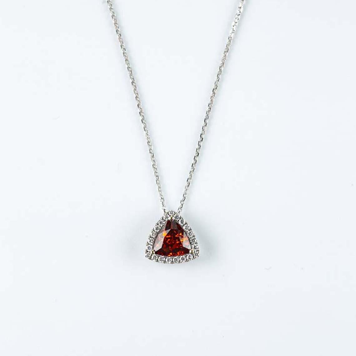 Garnet diamond pendnat