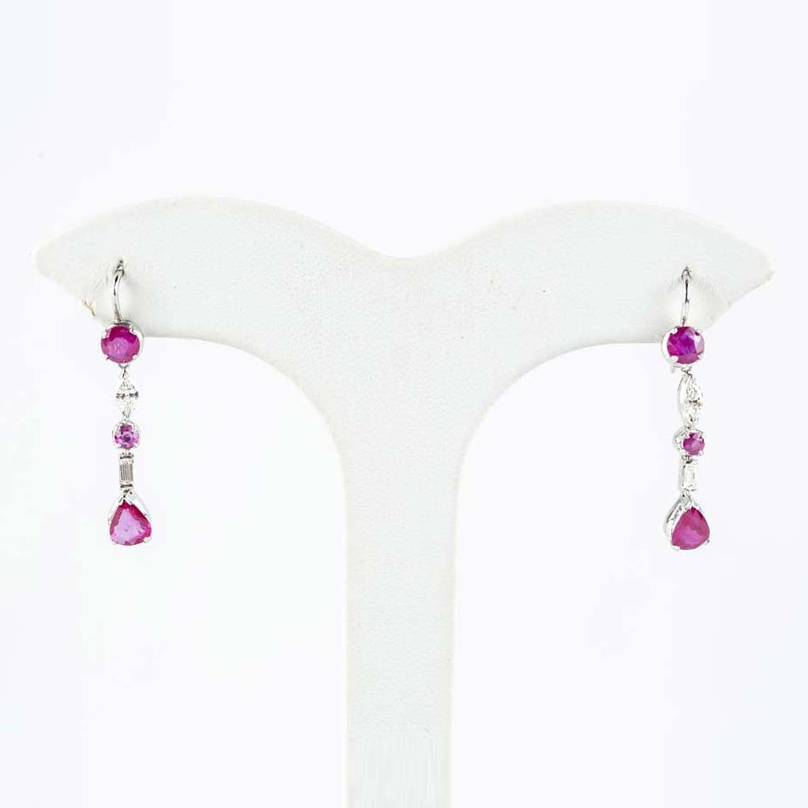 Vintage ruby and pearl earrings