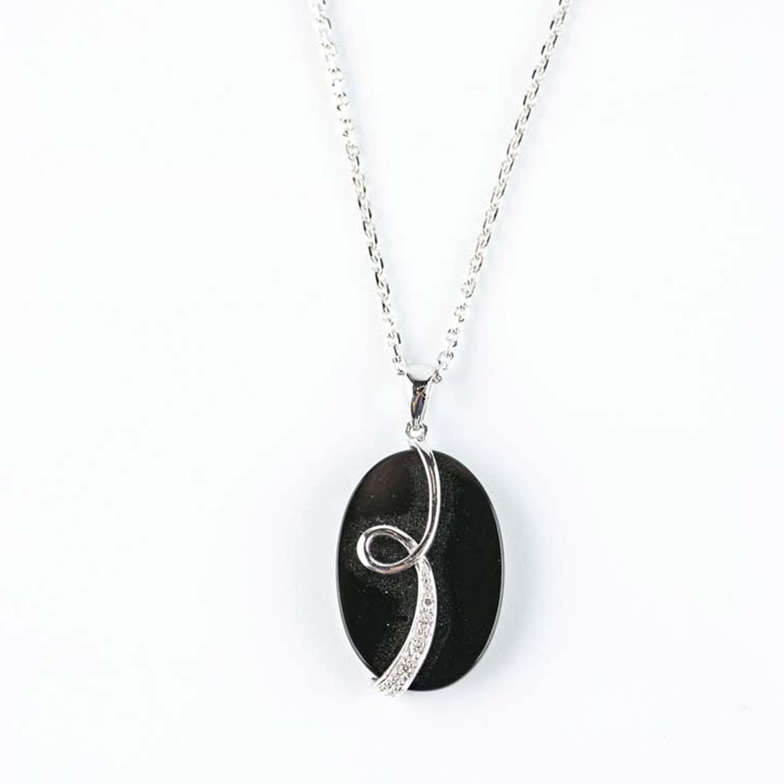 Onyx diamond pendant