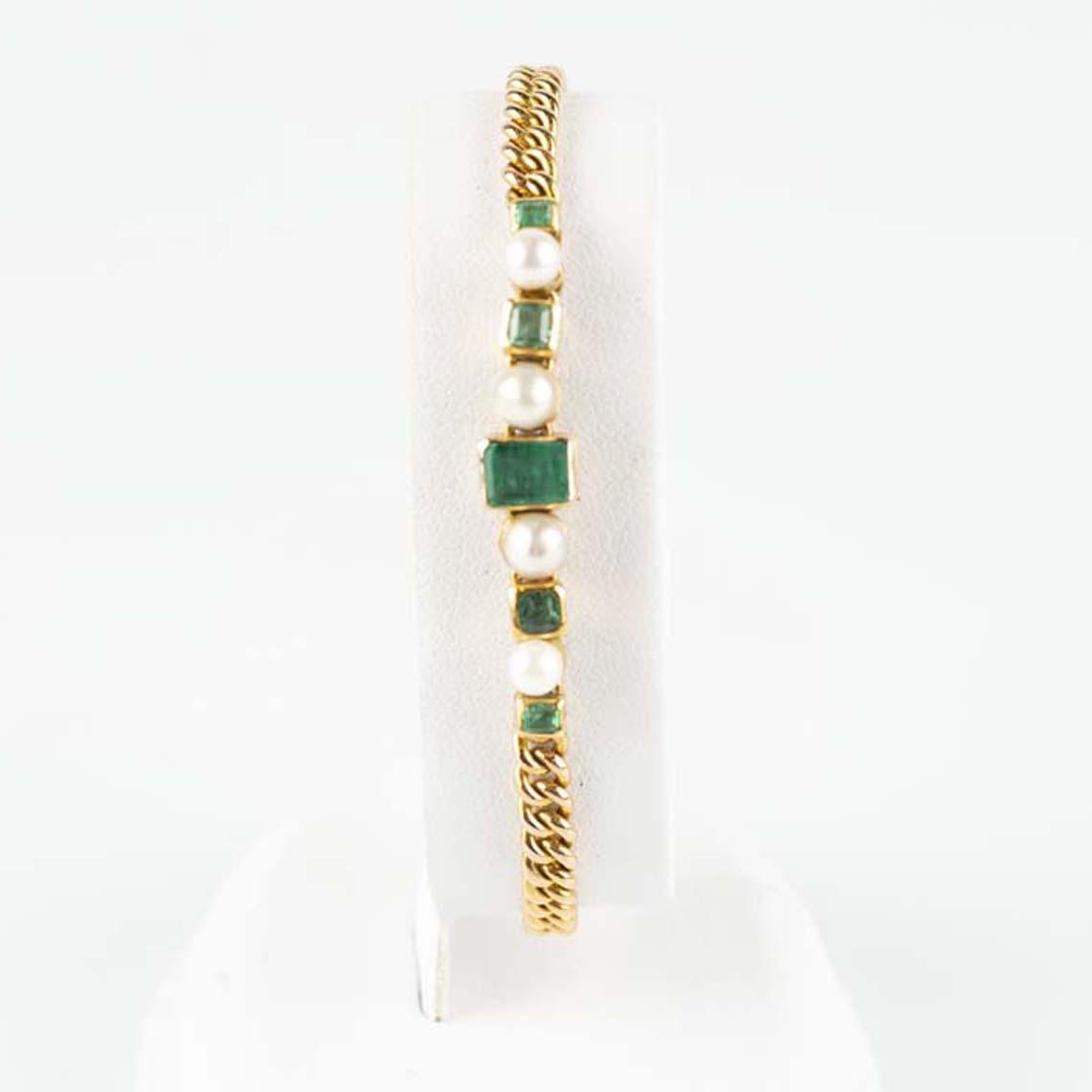 Vintage pearl and emerald bracelet