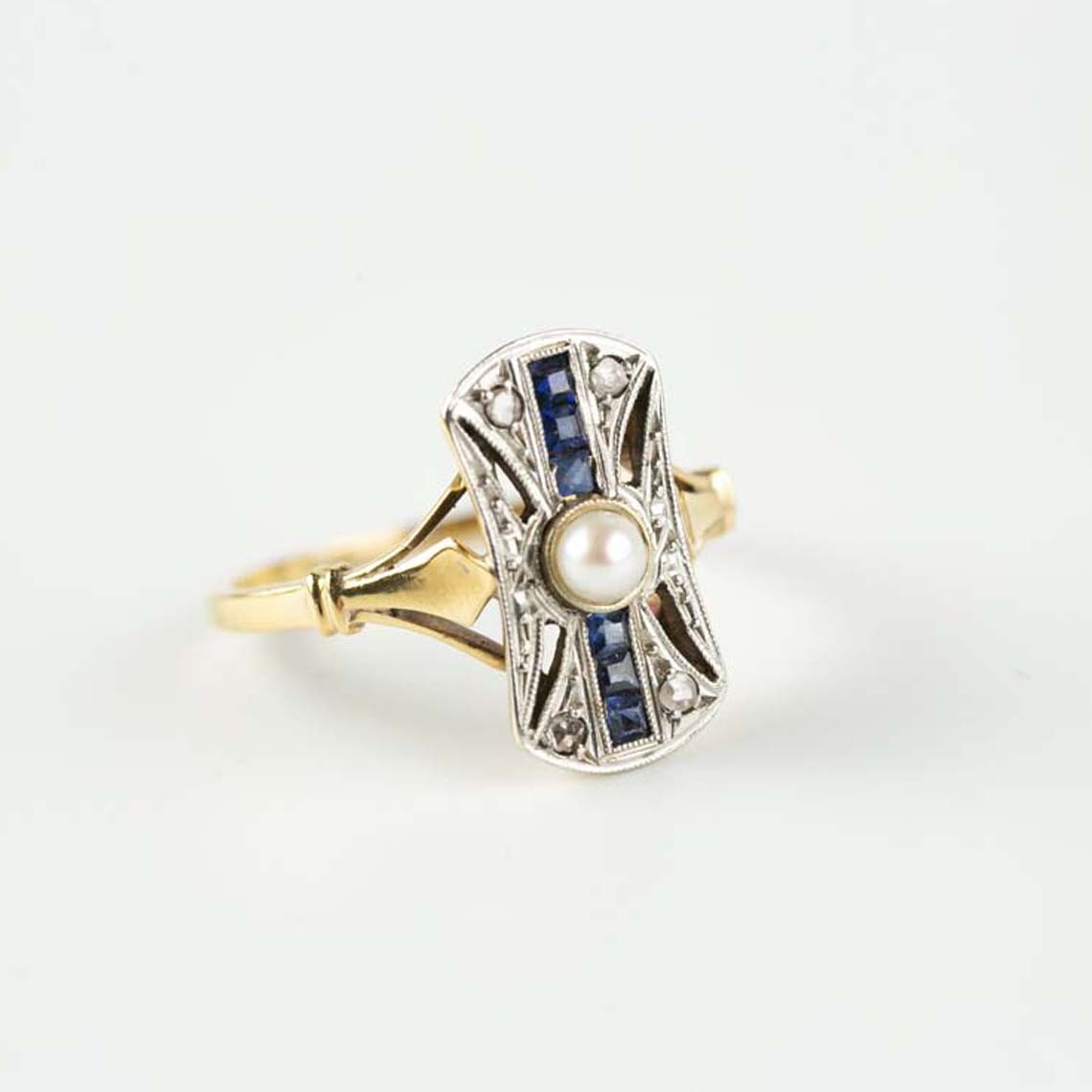 Vintage diamond, pearl and sapphire ring