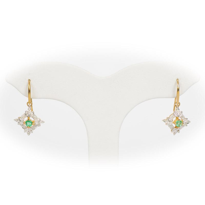 Emerald Leaf Motif Earrings